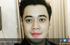 Hana Hanifah Diduga Terlibat Prostitusi, Kriss Hatta: Harap-harap Cemas - JPNN.com