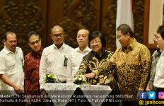 Menteri Siti dan Rudiantara Launching SMS Blast Karhutla - JPNN.com