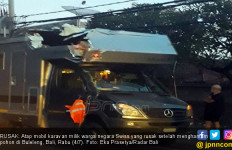 Tur Dunia, Karavan Berpelat Nomor Swiss Celaka di Bali - JPNN.com
