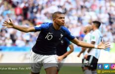 Suarez: Kylian Mbappe Lebih Berbahaya dari Griezmann - JPNN.com