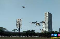 Drone Semprotkan Disinfektan di Sejumlah Wilayah DKI Jakarta - JPNN.com