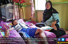 Detik-detik Bunda Lompat ke Sungai saat Anak Diseret Buaya - JPNN.com