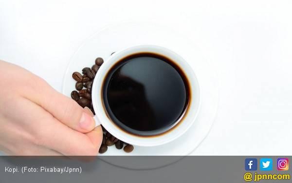 Bolehkah Minum Kopi Saat Kena Radang Tenggorokan? - JPNN.com