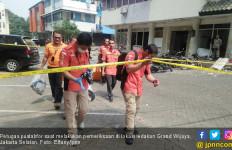 Tiga Penjaga Ruko Selamat dari Ledakan Tabung Gas - JPNN.com