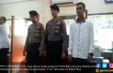 Keroyok Mahasiswa di Indekos, Trio Polisi Kini Dikerangkeng - JPNN.com