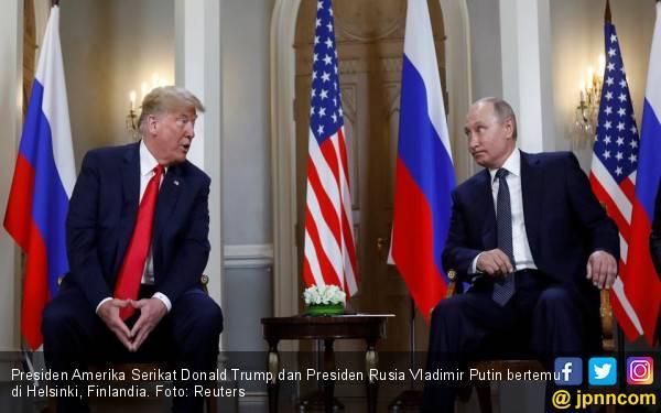 Putin Menoleh, Trump Mengedipkan Mata, Oh Mesranya - JPNN.com