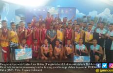 PORAL 2018: Korps Marinir Juara I Lomba Dayung Perahu Naga - JPNN.com