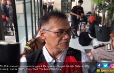 Tio Pakusadewo Jalani Rapid Test Corona Sebelum Ditahan, Ini Hasilnya - JPNN.com