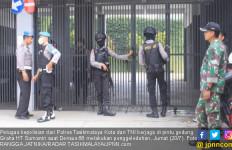 Densus 88 Geledah Gedung HT Sumantri, duh Ternyata! - JPNN.com