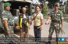 Horor di Jalan, Pria Tua Nyaris Bunuh Warga dengan Parang - JPNN.com