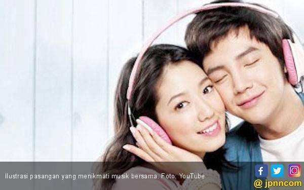 5 Manfaat Musik untuk Hubungan Asmara Anda - JPNN.com