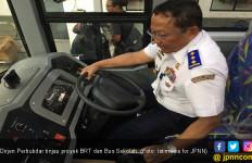 Isuzu Dipercaya untuk Pengadaan 240 BRT dan Bus Sekolah - JPNN.com