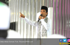 UAS Dikawal Saat Ceramah, Fadli Zon Saran Begini - JPNN.com