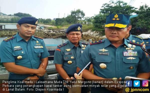 TNI AL Tangkap Kapal Tanker Asing Bermuatan 2.500 Ton Solar - JPNN.com