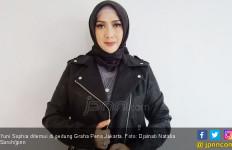 Selain Salurkan Hobi Bernyanyi, Ini Tugas Lain Yuni Sophia - JPNN.com