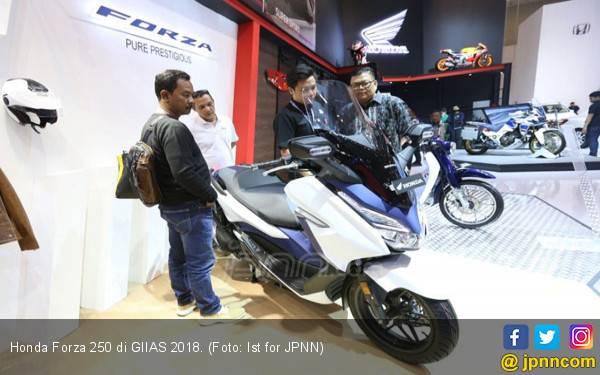Berbanderol Rp 70 Jutaan, Honda Forza Yakin Temani Xmax - JPNN.com