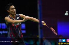 97 Menit yang Menegangkan, Kento Momota Kalahkan Chen Long - JPNN.com