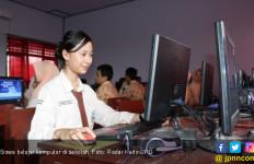 Literasi Digital Bukan Satu Anak Satu Komputer - JPNN.com