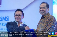 Bos JPNN Auri Jaya Gelontor Uang Bagi Tim Futsal Donwori Aja - JPNN.com