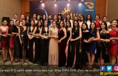 15 SPG Cantik Adu 3B Untuk Tahta Miss Auto Show - JPNN.com