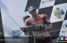 Detik - Detik Dovizioso Ditinggal Lorenzo di MotoGP Austria - JPNN.com