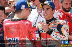 Lihat! Marquez Mendorong Lorenzo Usai Balapan MotoGP Austria - JPNN.com