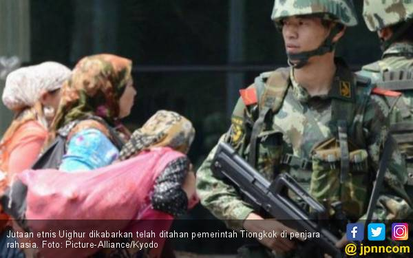 Tiongkok Bantah Cuci Otak Jutaan Muslim Uighur - JPNN.com