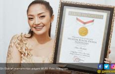 Siti Badriah Girang Lagu Lagi Syantik Pecahkan Rekor Muri - JPNN.com