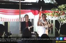 Baca Puisi di Rumah Pengasingan Bung Karno, Dirut BTN Nangis - JPNN.com