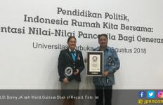 LSI Denny JA Pecahkan Rekor Dunia untuk Pendidikan Politik - JPNN.com