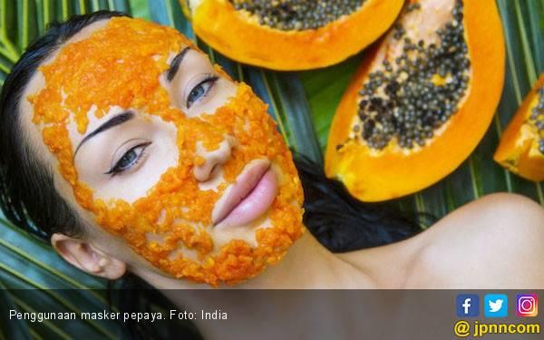 Miliki Wajah Cerah dan Awet Muda dengan Masker Pepaya, Catat Resepnya - JPNN.com
