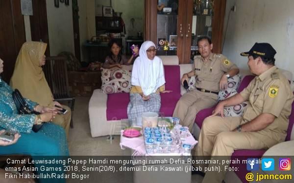Cerita Ibunda Defia Rosmaniar, Sungguh Mengharukan - JPNN.com