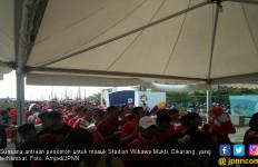 Indonesia Vs UEA Sebabkan Antrean 300 Meter di Wibawa Mukti - JPNN.com