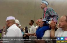 Kisah Jemaah Haji asal Nganjuk Dibopong Warga Syria - JPNN.com