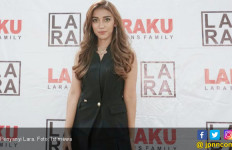 Tak Puas Nyanyi, Lara Lirik Bisnis Kuliner - JPNN.com