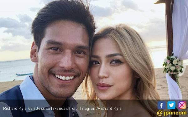 Richard Kyle Ungkap Alasan Belum Mau Nikahi Jessica Iskandar - JPNN.com