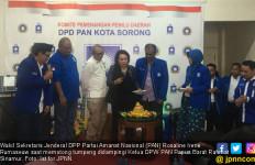 Rosaline Rumaseuw Imbau Warga Papua Barat Tidak Asal Pilih - JPNN.com