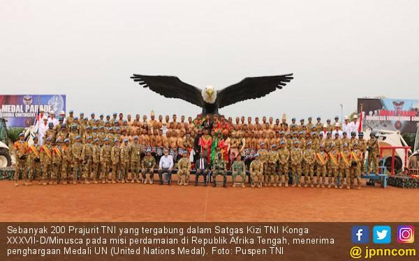 200 Prajurit TNI Terima Penghargaan Medali PBB - JPNN.com