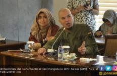 Prabowo – Sandi Jangan Sampai Pecat Neno Warisman - JPNN.com