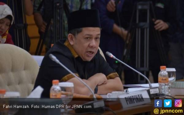 Fahri Hamzah Curiga Ada Amplop Cap Jempol di Daerah Lain - JPNN.com