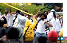 Tawuran Pelajar SMK di Bogor, Satu Korban Luka Parah - JPNN.com