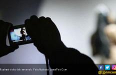Pemuda Buka Celana di Pinggir Jalan, Pamer Anunya, Direkam Perempuan - JPNN.com