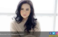 Sebelum Jalani Sidang Cerai, Shezy Idris Minta Maaf ke Anak - JPNN.com