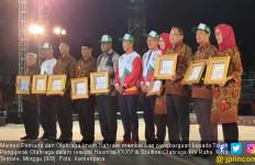 Ketum Fatayat Raih Penghargaan Tomas Penggerak Olahraga - JPNN.com