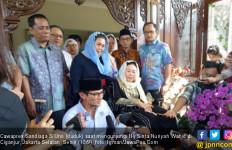 Pilih Ikut Jokowi atau Prabowo? Yenny Mau Beristikharah Dulu - JPNN.com