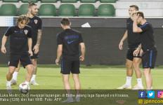 Spanyol vs Kroasia: Enrique Sebut Modric Tak Sebaik Messi - JPNN.com