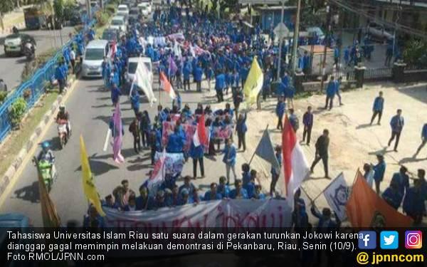 Mahasiswa UIR Desak Jokowi Mundur, Ini Kata Legislator Riau - JPNN.com