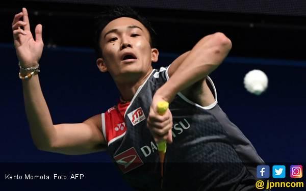 Menang Mudah Atas Lin Dan, Kento Momota Tembus Semifinal - JPNN.com