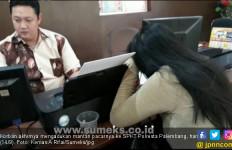 Kecewa Diputusin, Sebar Foto Panas Sang Mantan di Medsos - JPNN.com