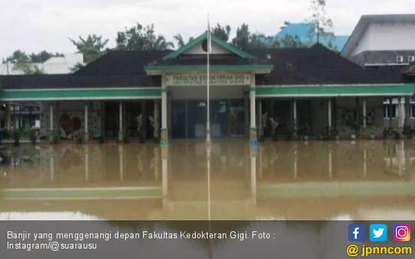 Banjir Melanda Kota Medan, Kampus USU Juga Terendam Air - JPNN.com